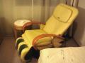 全身マッサージ椅子もあるの。